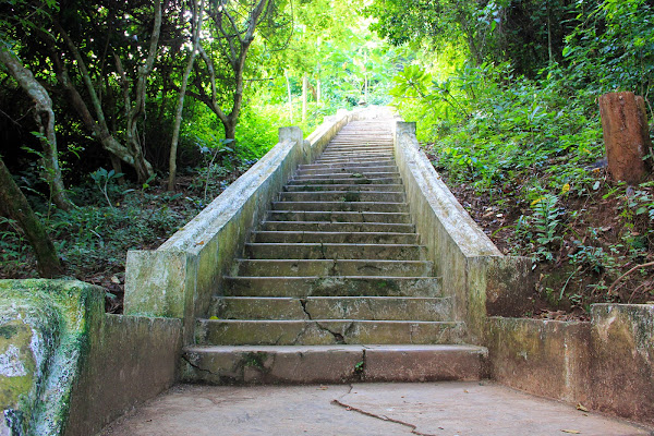 Stairs to the caves of Pak Ou