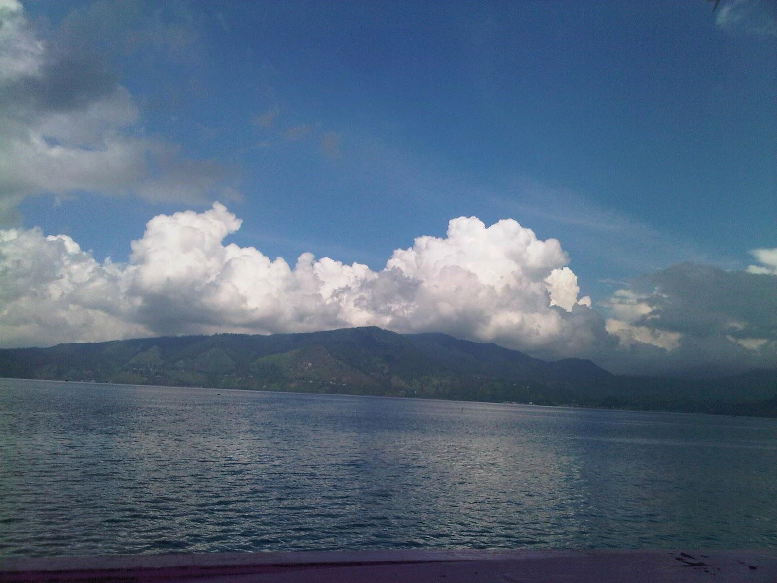 Amazing Holiday : Menikmati Indahnya Danau Toba dan Pulau ...
