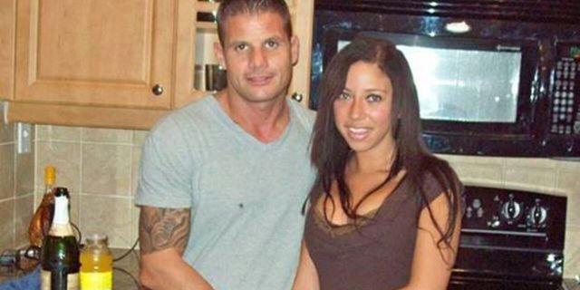 남편의 사망 소식을 들은 아내의 연기