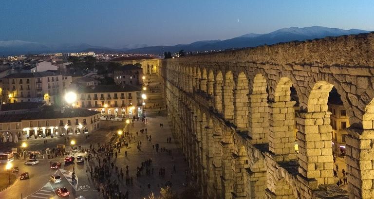 Cómo ir de Segovia a Madrid