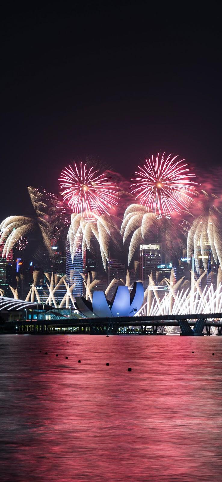 fireworks during night time wallpaper