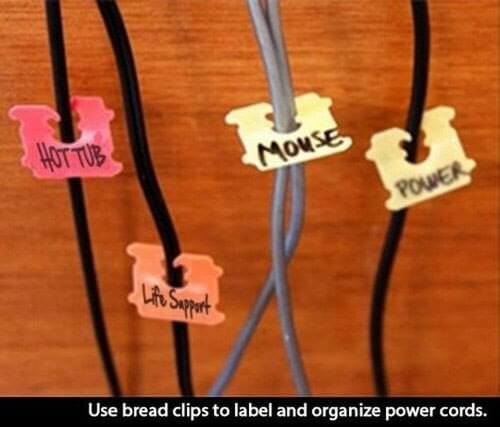 Bread clips to label and organize power cords