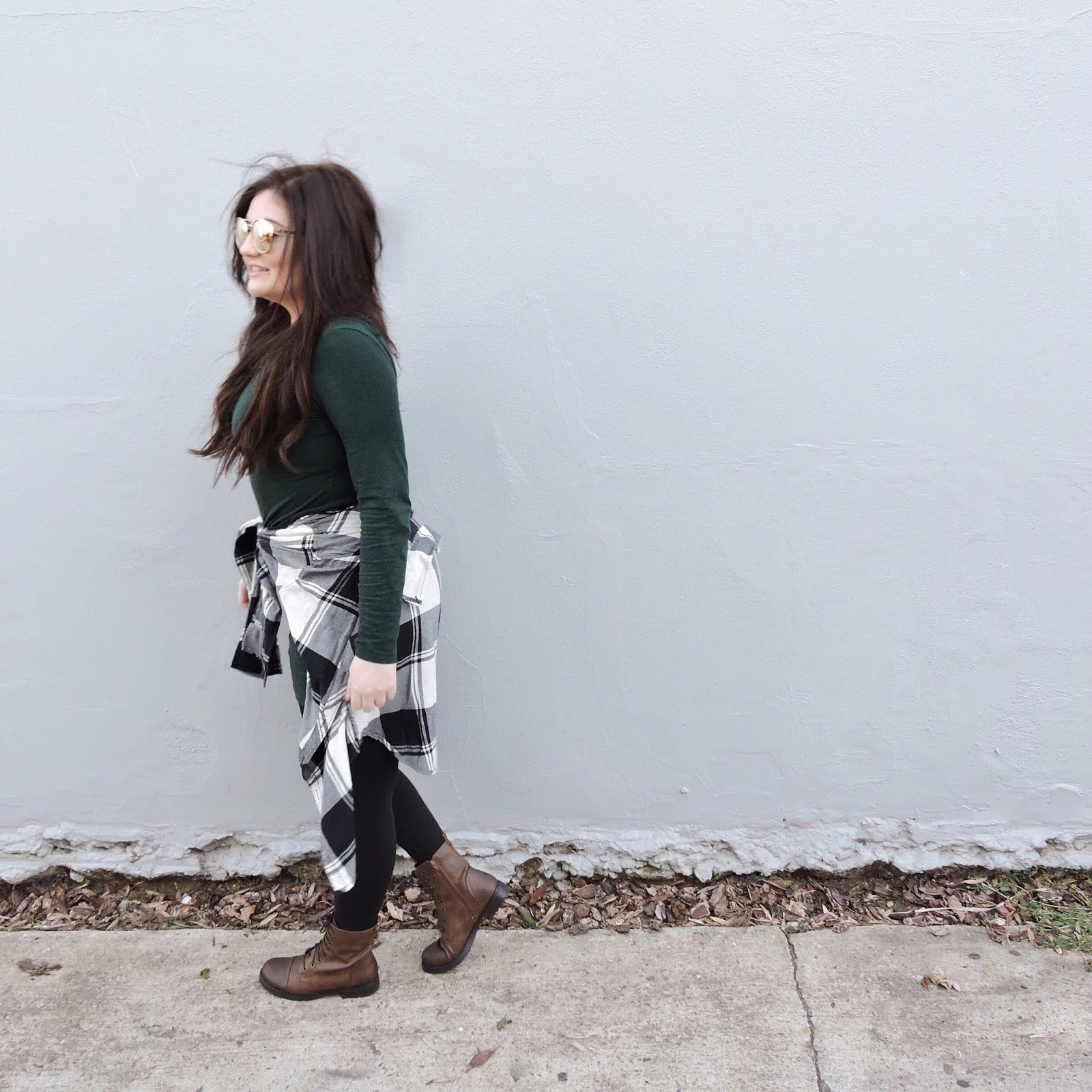 cozy cute winter arm boots flannel sunglasses quay australia combat target h&m abercrombie lululemon sugarly outfit blogger style fashion fall kylie jenner b