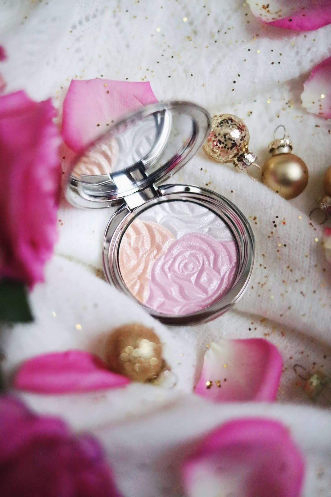 BY TERRY , NOËL , STARLIGHT ROSE , STARLIGHT ROSE CC POWDER , STARLIGHT ROSE GLOW BOOSTER CC SERUM , BY TERRY PARIS, , rosemademoiselle, rose mademoiselle , blog beauté , paris
