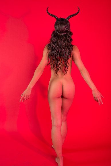 Adrienne Curry Nude Leaked Photoshoot [PART 2]