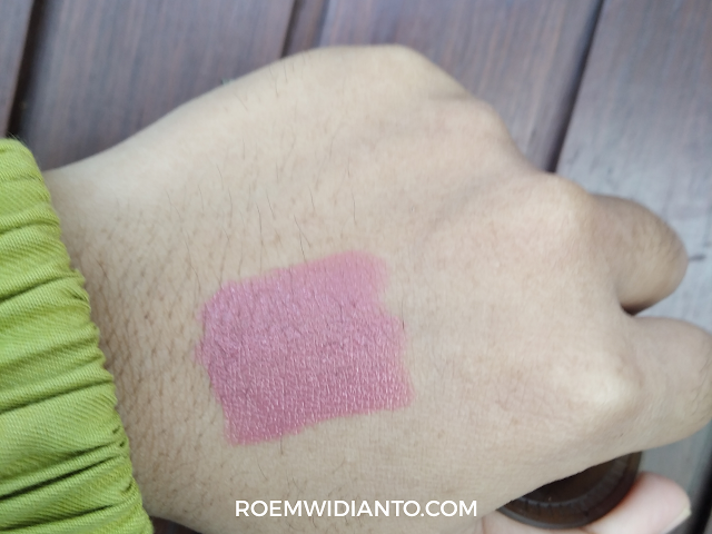 swatch-indoganic-lip-crayon
