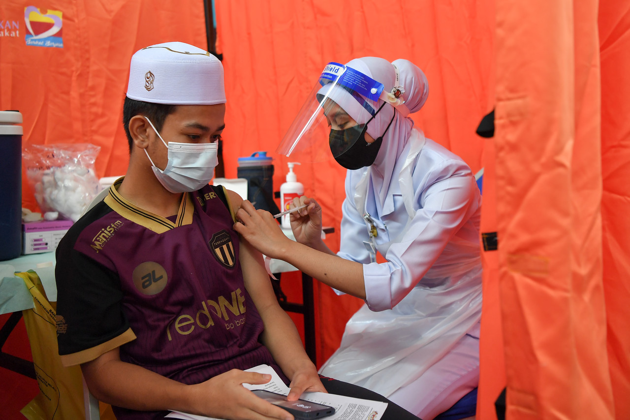 Vaksin Remaja Secara Walk-In Bermula 23 September. Ini Senarai 156 PPV Terlibat