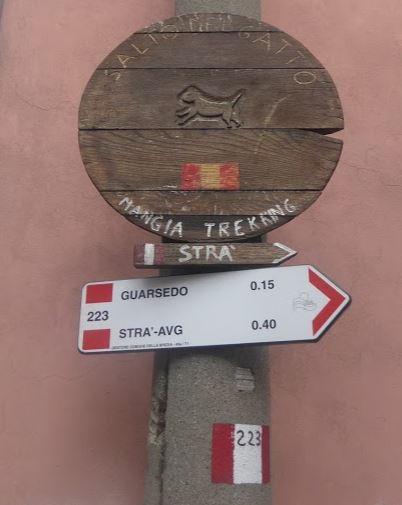 l'inizio del sentiero 223 dal quartiere Chiappa alla Spezia