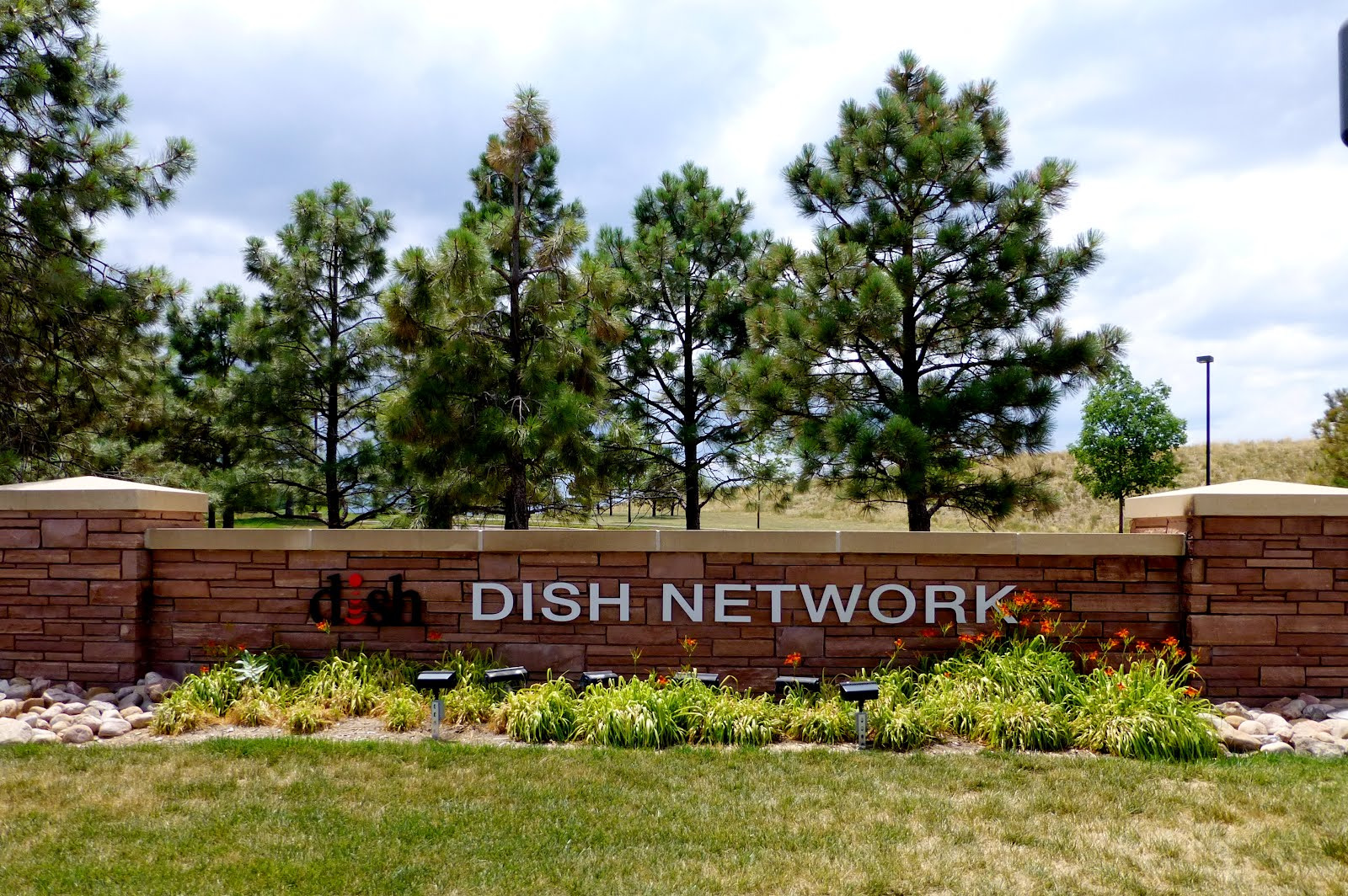 DISH Network Corp. 9601 South Meridian Boulevard Englewood, CO 80112 USA  Corporate Phone Number: 1-303-723-1000. Fax Number: 1-303-723-1999. Customer  ...