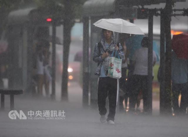 CWB Peringatkan Taiwan Akan Ada Hujan Deras Bahkan Hujan Es