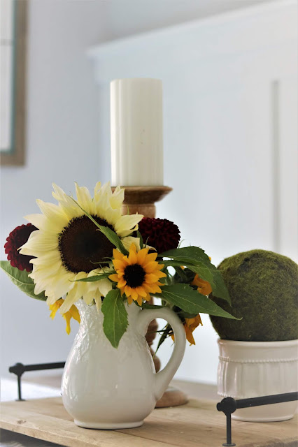 book a bloom, bouquet, flowers, sunflowers, dahlia, athomewithjemma