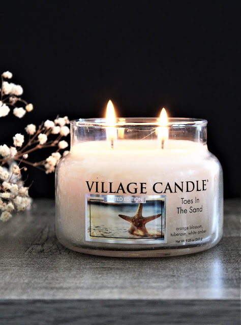 toes in the sand village candle avis, toes in the sand, bougie, candle, bougie parfumée américaine, parfum été village candle, nouveau parfum village candle, bougies village candle, village candle france, bougie village candle toes in the sand, blog bougie parfumée, home fragrance, candle for summer