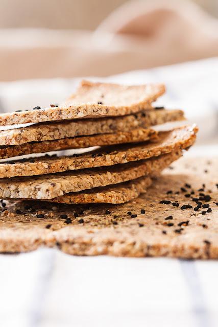 Bezglutenski krekeri od orašastih plodova i sjemenki