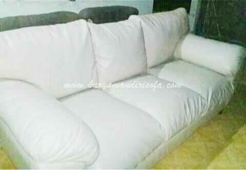 Sofa ukuran besar