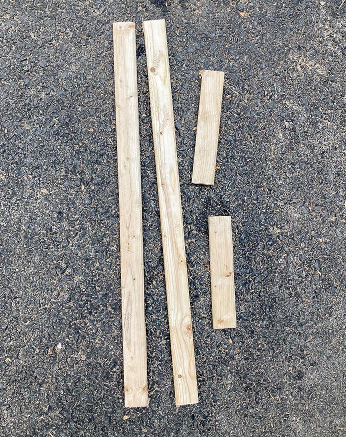 Cut border pieces for DIY sign