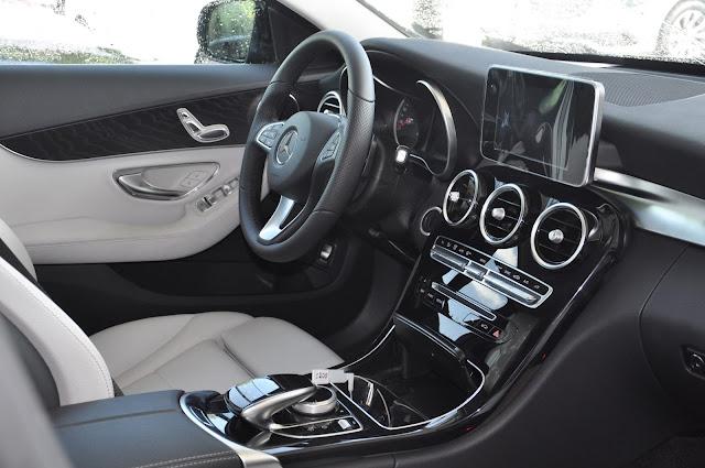 Mercedes C200 2018 sử dụng Hệ thống giải trí và các tiện ích tiên tiến nhất