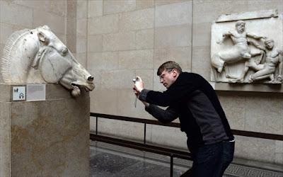 Αντιδράσεις στη Βρετανία για την επιστροφή των γλυπτών του Παρθενώνα