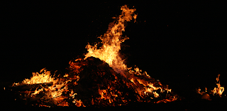 Campfire/Lagerfeuer by Wolfgang Stief