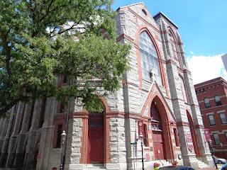 St Mary - St Catherine of Siena, Boston