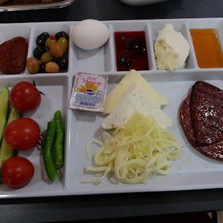 köfteci yusuf kuşadası kahvaltı