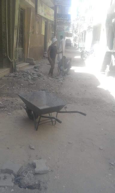 رئيس حي غرب سوهاج تتابع أعمال شارع سلام وتؤكد الاعمال مازالت مستمرة