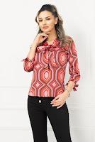 Bluza eleganta satinata cu imprimeu geometric colorat