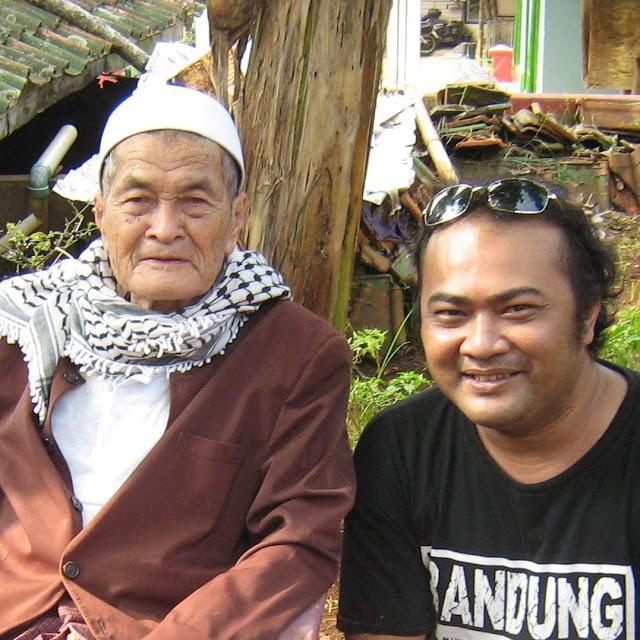 Panineungan Mama Iking - KH. Zaenal Mutaqin (Kampung Simpar, Panjalu)