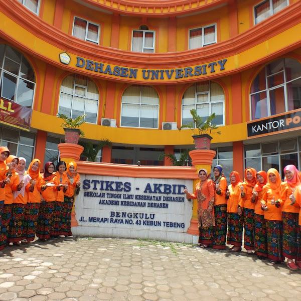 Menjadi Tenaga Kesehatan Hebat di Fikes Universitas Dehasen Bengkulu