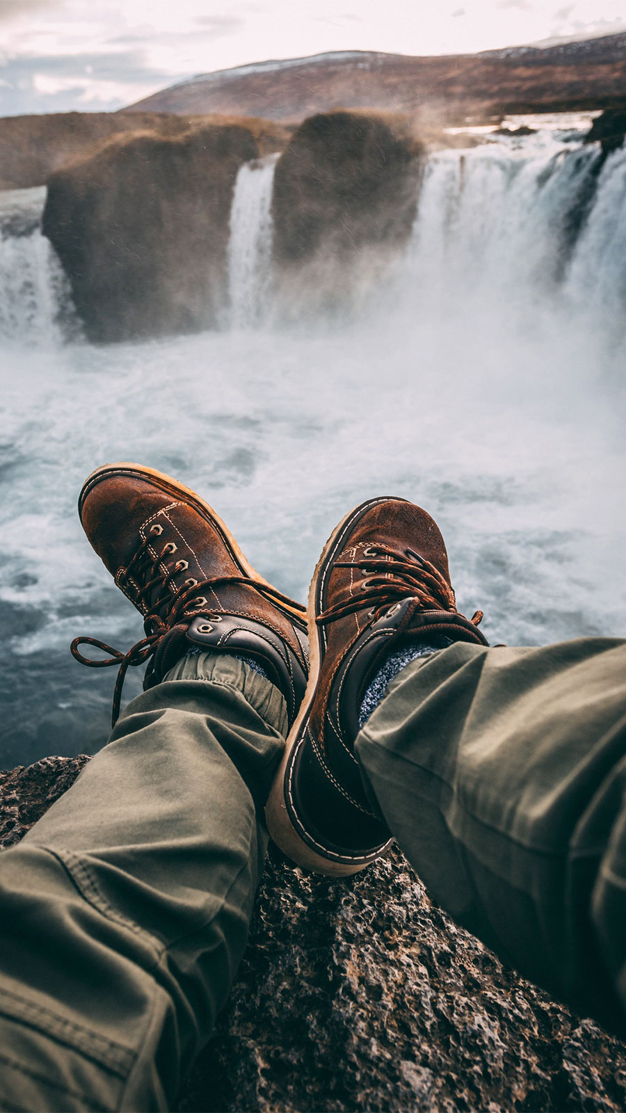 wallpaper adventure waterfall