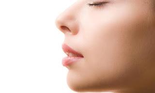 Ini 4 Aroma Wewangian yang Dapat Membuat Wanita Semakin Bergairah