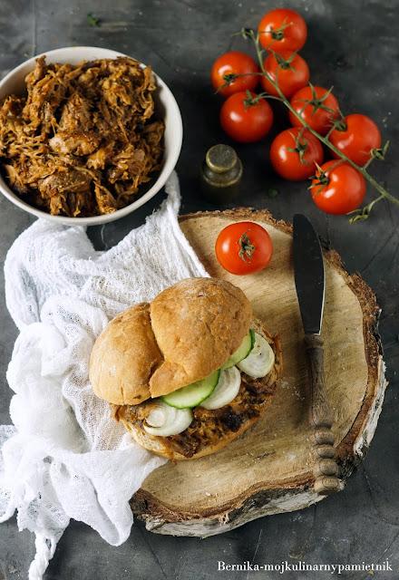 pulled pork, bbq, barbecue, kanapka, sandwich, bernika, wolnowar, crockpot, kulinarny pamietnik