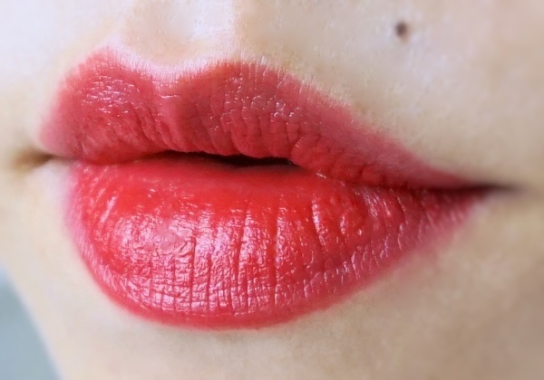 Dior Ultra Rouge 770 Ultra Love swatch