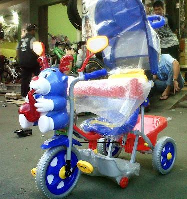 sepeda anak balita roda-3 family