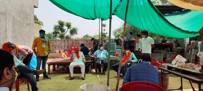 झुन्झुनू सांसद खीचड़ ने नवलगढ़ में जनता रसोई का किया अवलोकन