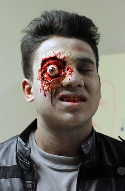 Makeup Zombie Seram yang Buat Orang Muntah Darah 17 Gambar