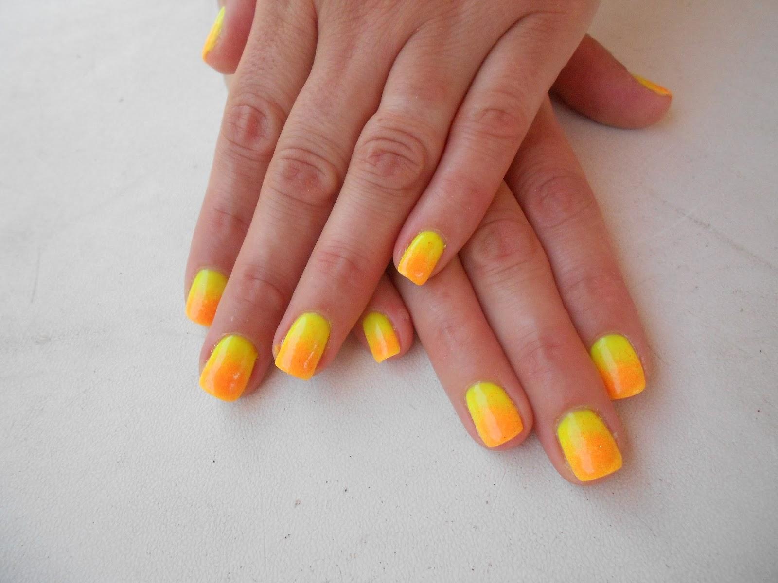 Favoloso Mariagrazia Nails art: giallo-arancio sfumato UR14