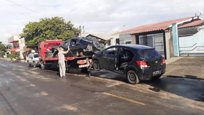 GRAVATAÍ   Dupla é presa no momento em que desmanchavam um carro roubado