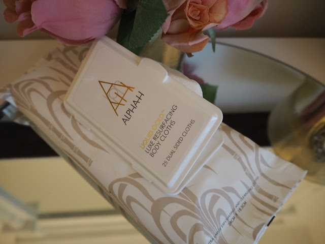 AlphaH  Liquid Gold Luxe Resurfacing Body Cloths