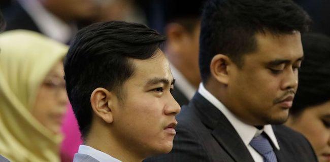 Ubedilah Badrun: Hebat! Rekor! Sejarah Baru 75 Tahun Indonesia Merdeka, Anak Maju Menantu Maju