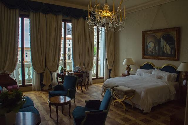 The Westin Europa & Regina Venice bedroom