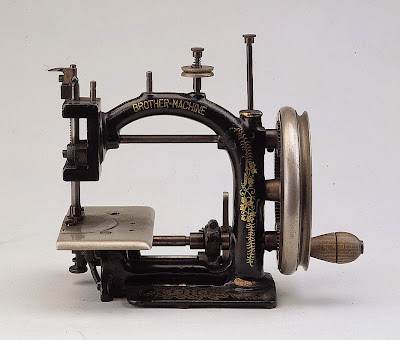 Chain-stitch Sewing Machine for Straw Hats