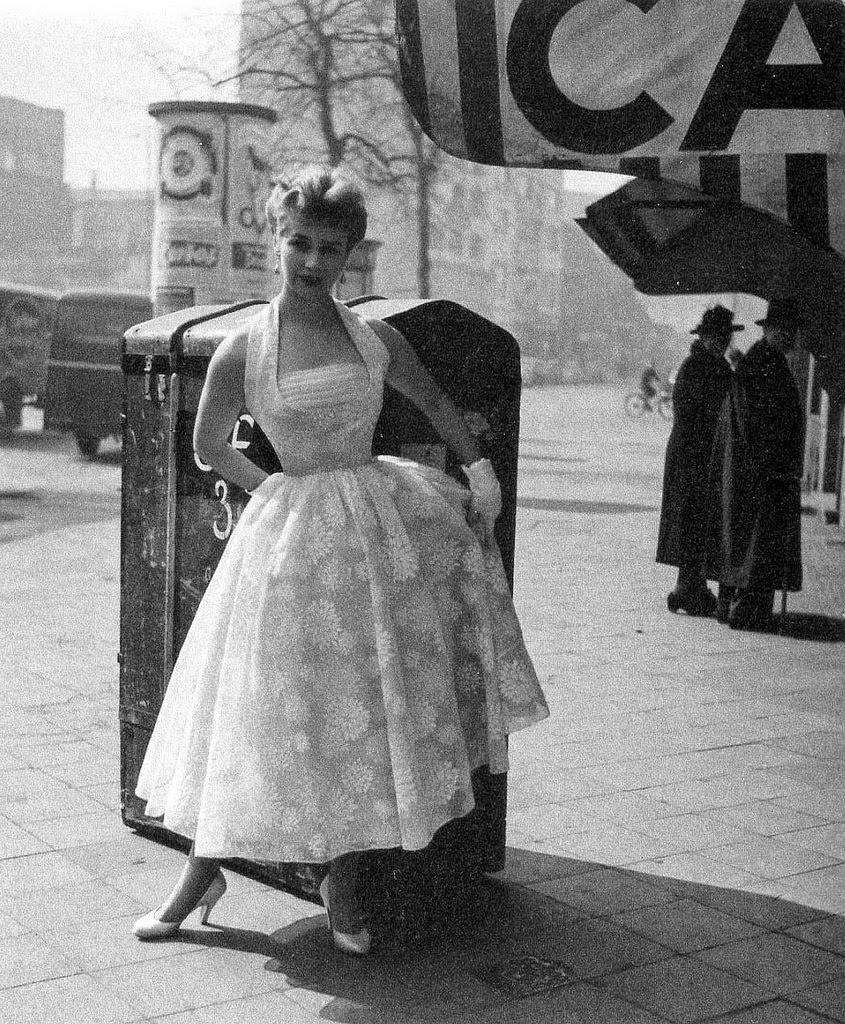 Beautiful German Women's Fashions From The 1950s And 1960s