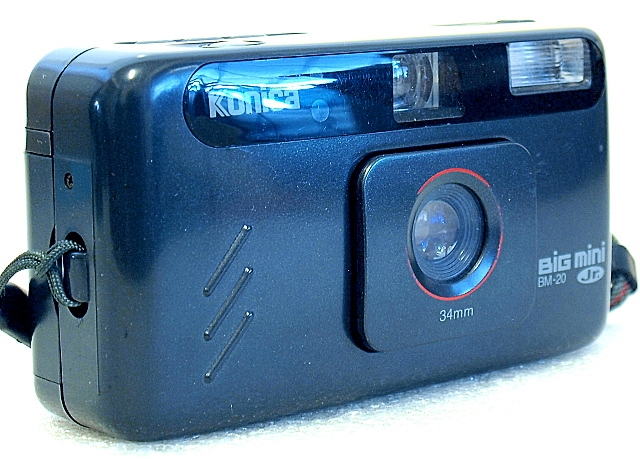 Konica Big Mini Jr. BM-20, Front left
