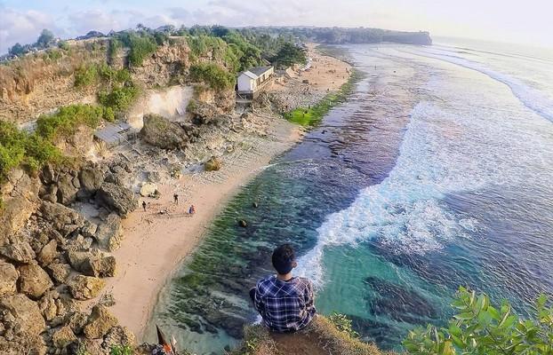 Pantai Balangan, Surga Tersembunyi di Bali Selatan