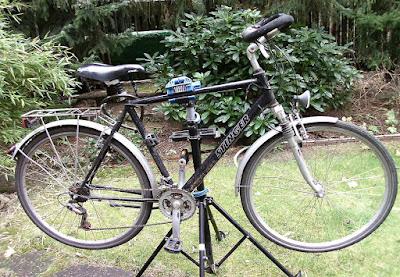 Fahrrad Querstange Montageständer