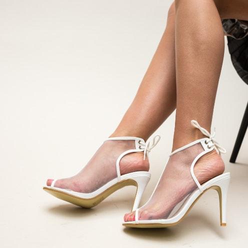 Sandale albe cu plasa si moderne cu toc subtire