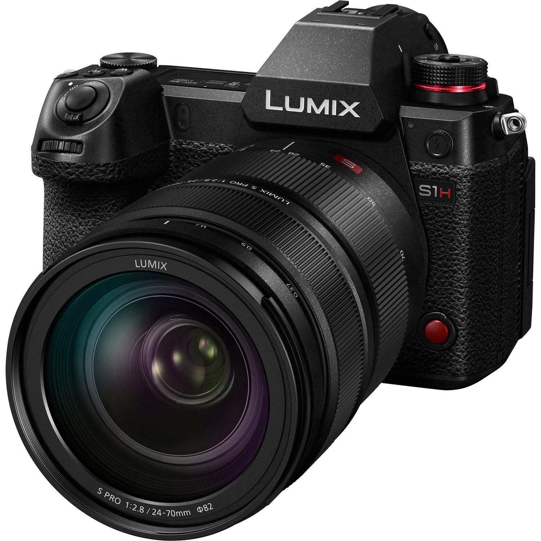 Panasonic Lumix S1H с объективом Lumix S Pro 24-70mm f/2.8