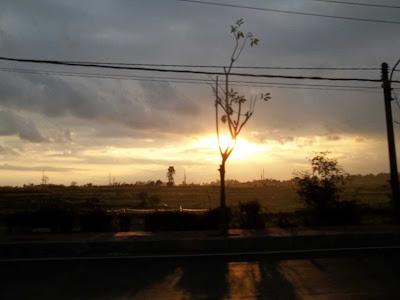 sunset di kota denpasar