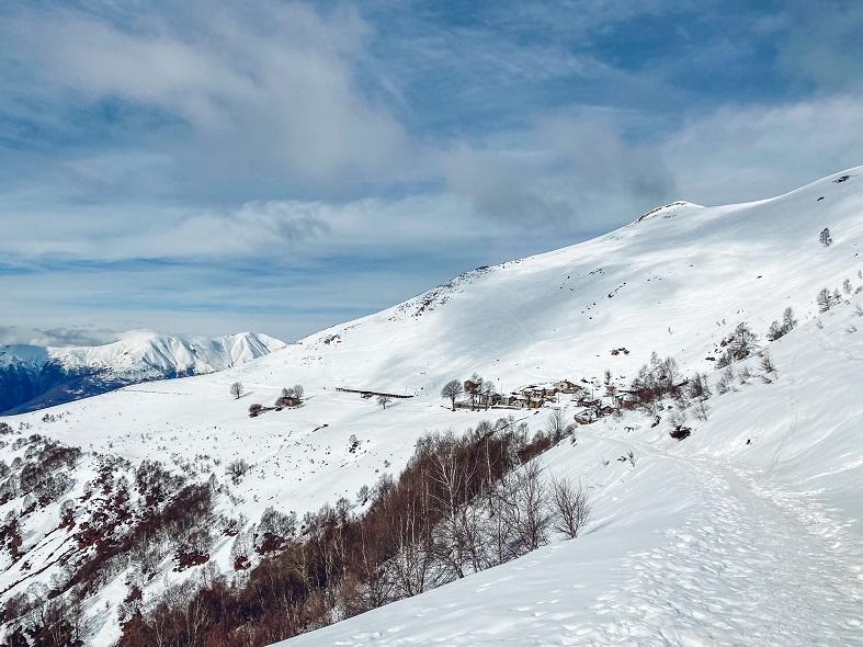 Ciaspolata all'Alpe Chiaro sull'Alpe Giumello