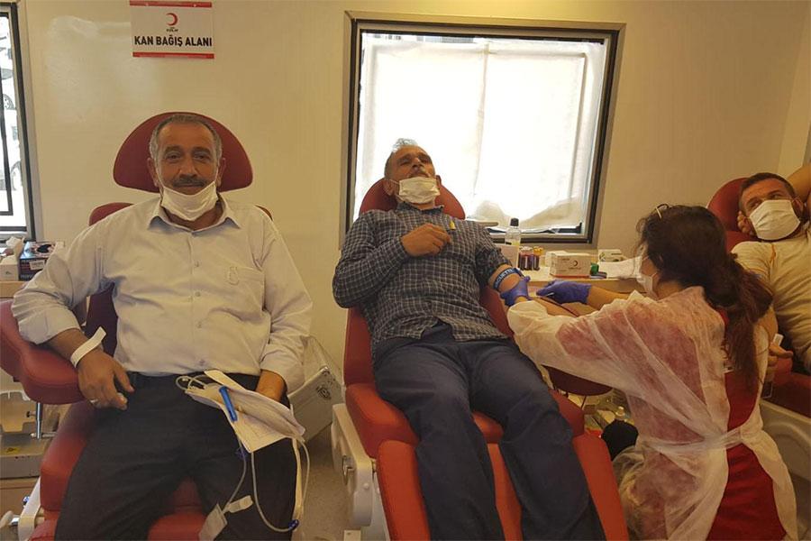 Diyarbakır Hani'de Kızılay'dan kan bağışı kampanyası